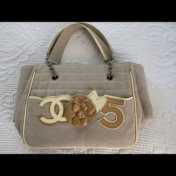 CHANEL Handbags - Authentic Chanel Bag